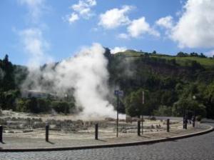 Foto 3-Isola di Sao Miguel: una delle sorgenti geotermiche di Furnas