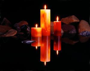 Candles-Water-Rocks-03-300x238 Candelora: Origini e tradizioni popolari e pagane