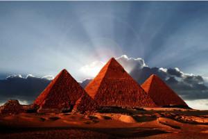 La costruzione della Grande Piramide: tre riflessioni